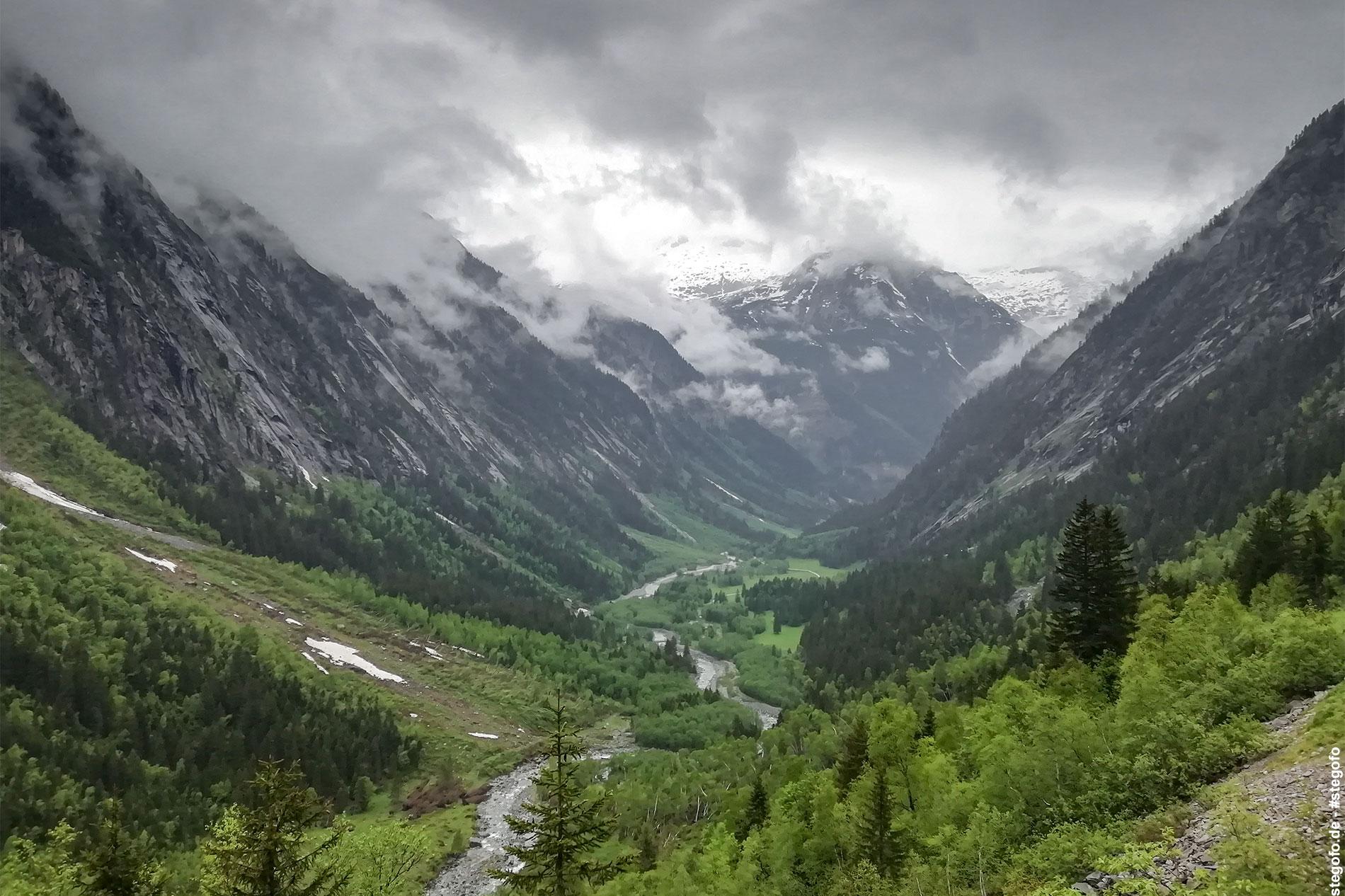 Der Blick in das Tal
